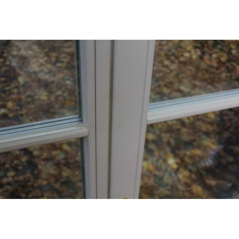 zweifl geliges holzfenster wiesbaden mit wiener sprossen. Black Bedroom Furniture Sets. Home Design Ideas